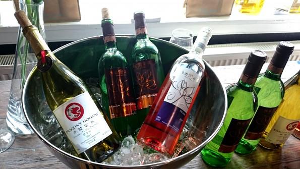 Chinese wijn in koeler