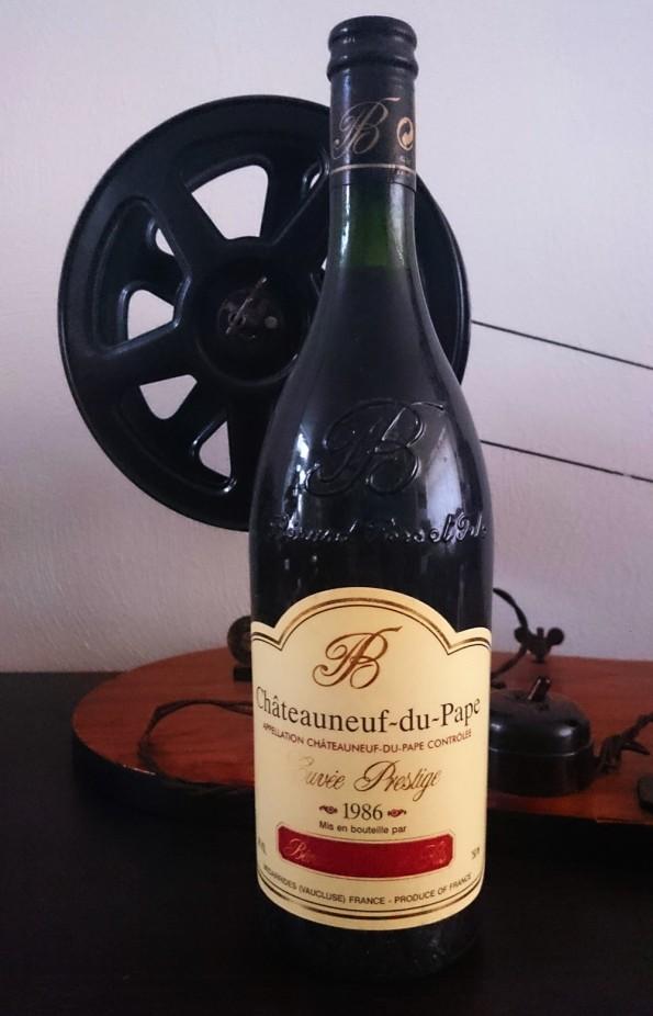 fles chateauneuf du pape wijnjaar 1986