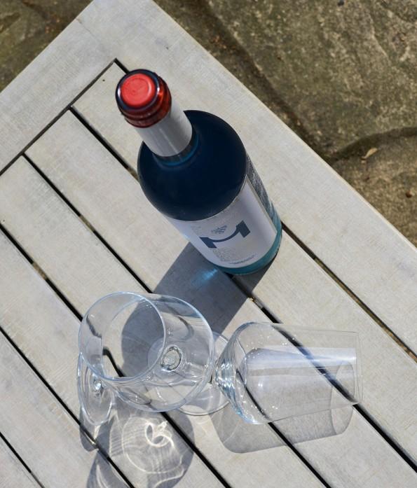 vino azul blauwe wijn tafel