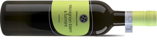Supermarktwijn Furmint sauvignon Blanc liggend